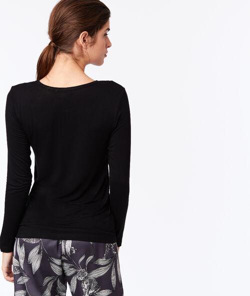 Graphic lace neckline T-shirt