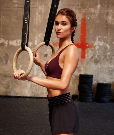 Sports bra - medium support blackcurrant.
