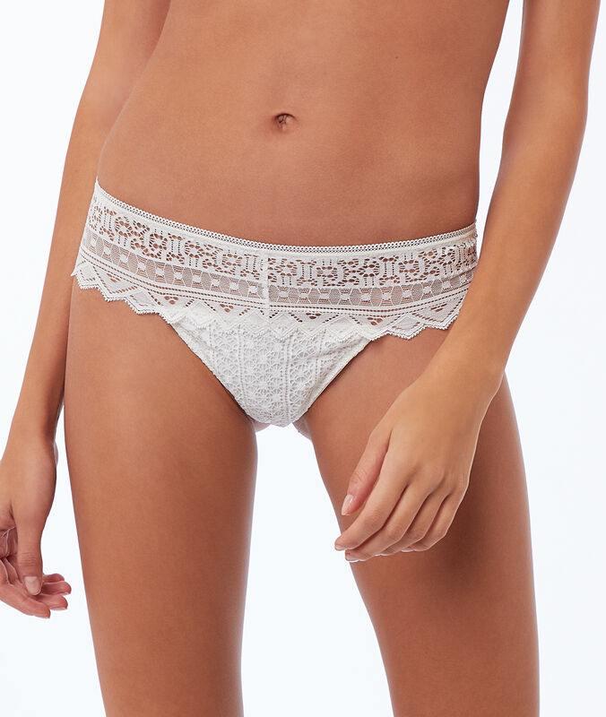 Mixed lace tanga ecru.