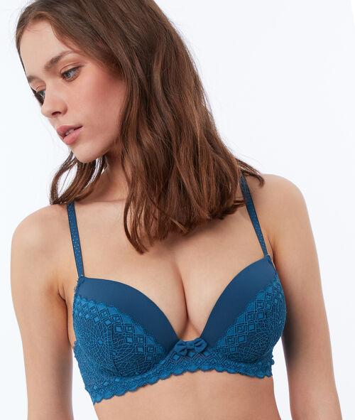 Light padded lace bra