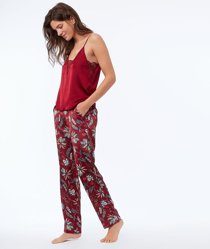 Floral satin pants red.