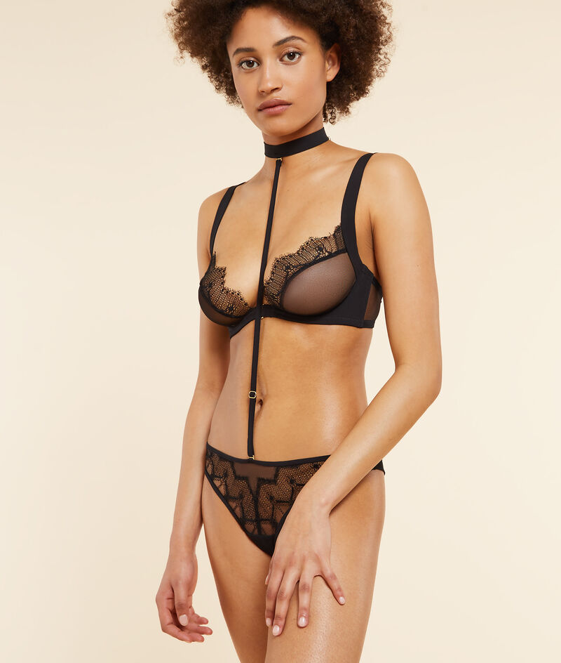 Choker bodysuit and lace tanga;${refinementColor}