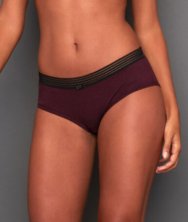 Shorty en coton et bords dentelle bordeaux grenat.