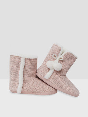 Boot slippers with tassels pink.