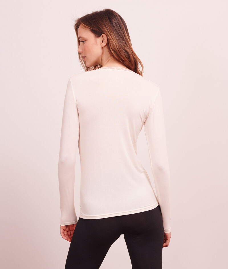 Top with long sleeves ;${refinementColor}
