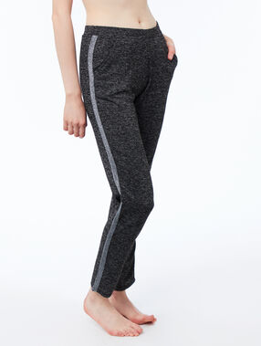 Heathered pants with contrasting band gray.
