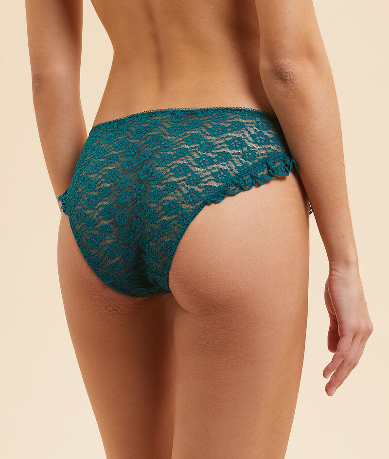 Lace briefs with ruffles;${refinementColor}