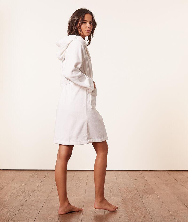 Terry robe ;${refinementColor}