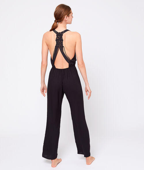 Loose jumpsuit with back in intricate macramé