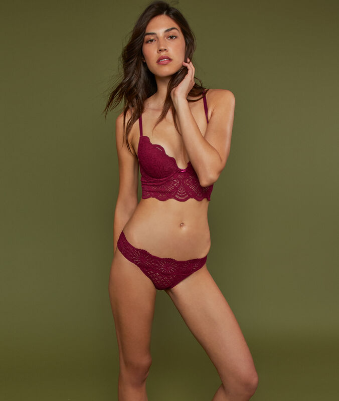 Lace briefs plum.