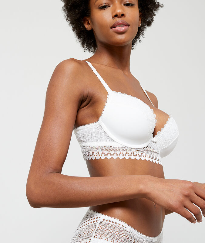 Light padded lace bra off-white.