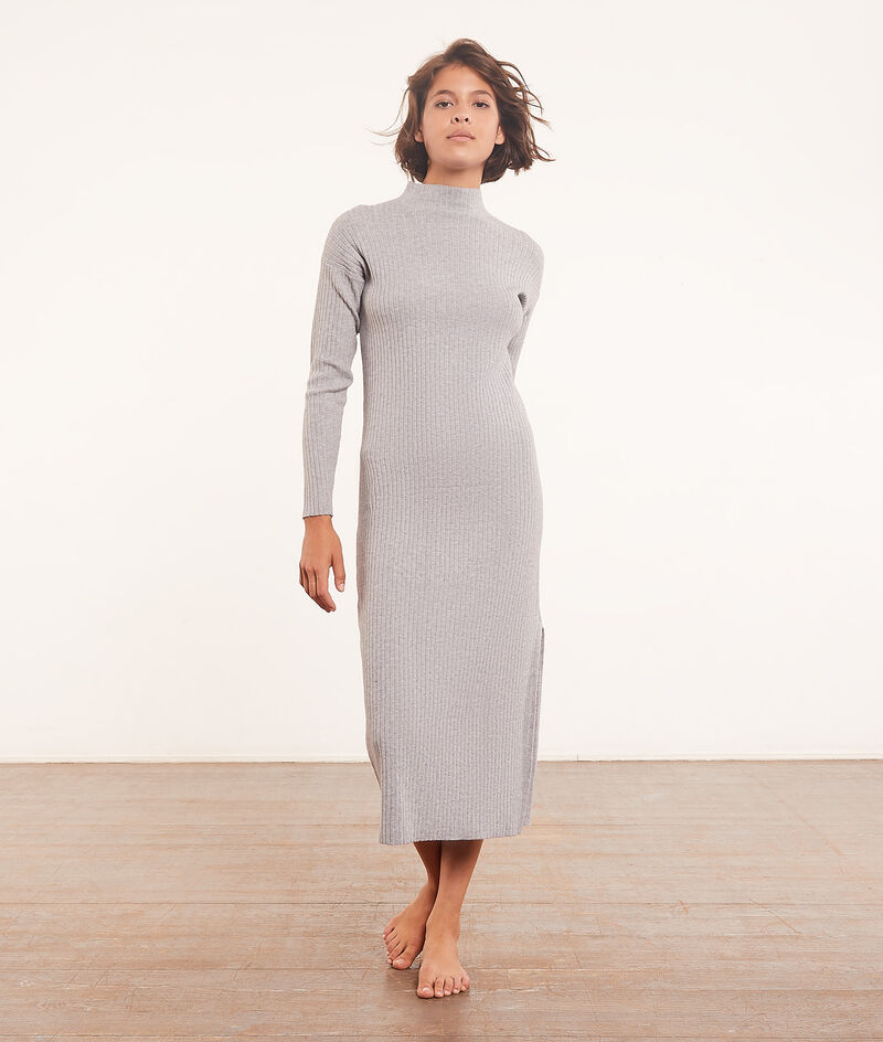 Long ribbed nightdress ;${refinementColor}