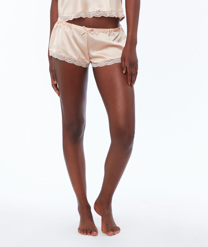 Satin shorts powder pink.