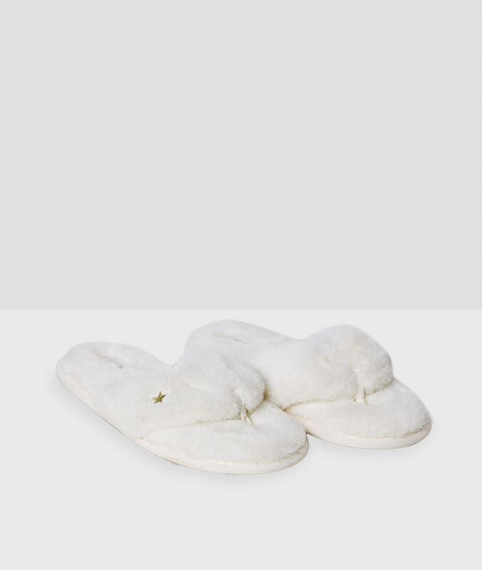 Slippers white.