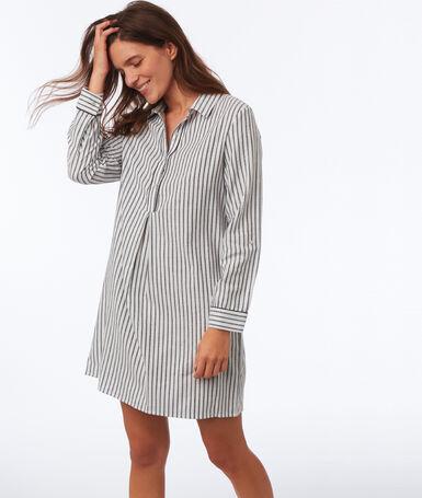 Chemise de nuit à rayures ecru.