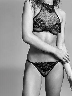Fishnet thong black.