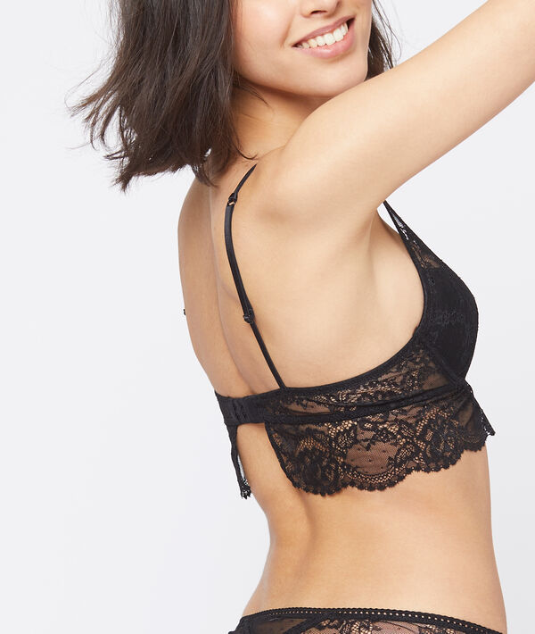 Bra n°3: Floral lace triangle push-up