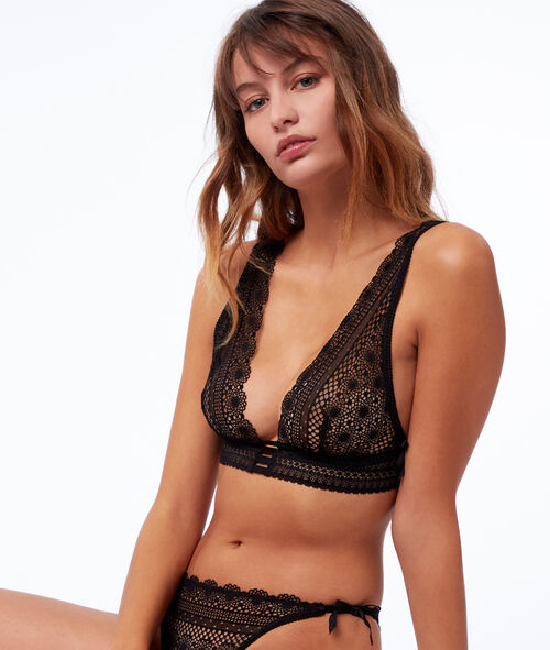 Lace triangle bra and little bows