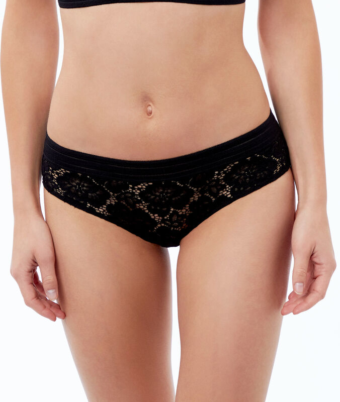 Floral lace microshorts black.