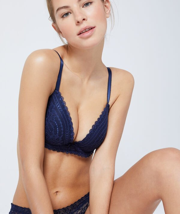 Bra No. 2 - Lace plunging push-up bra;${refinementColor}