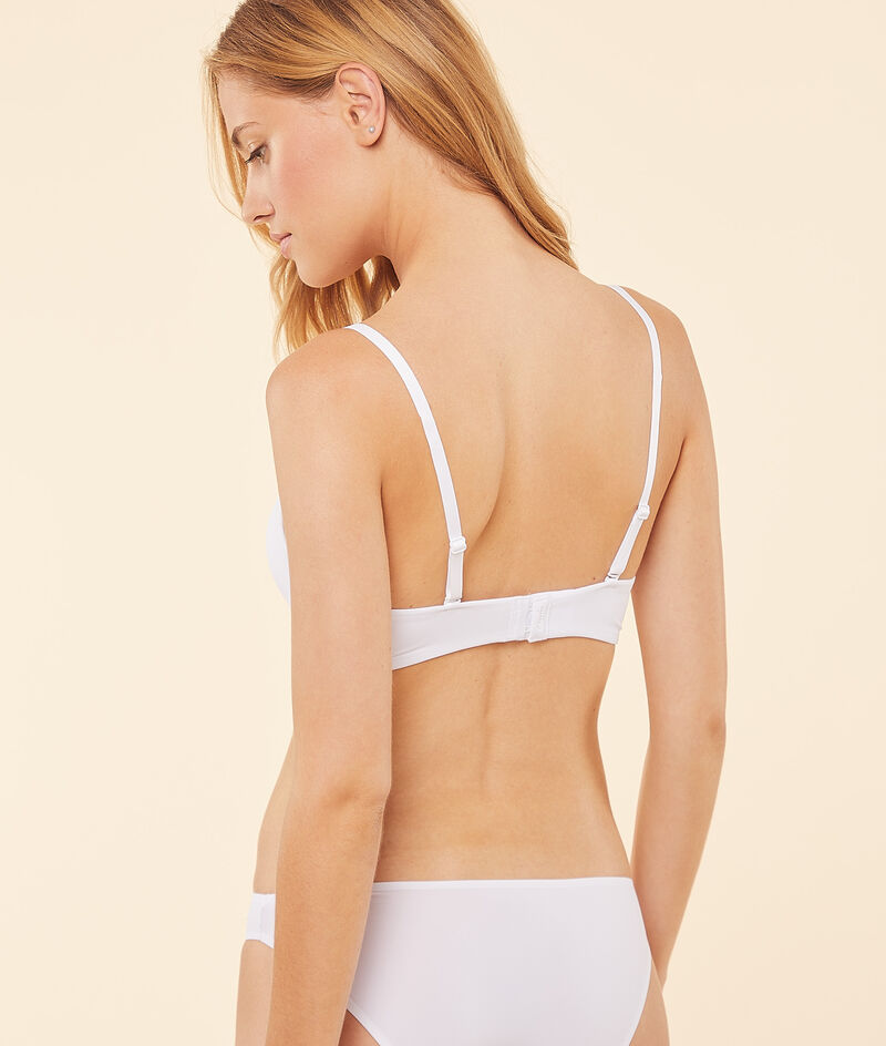 Light padded non-wired bra;${refinementColor}