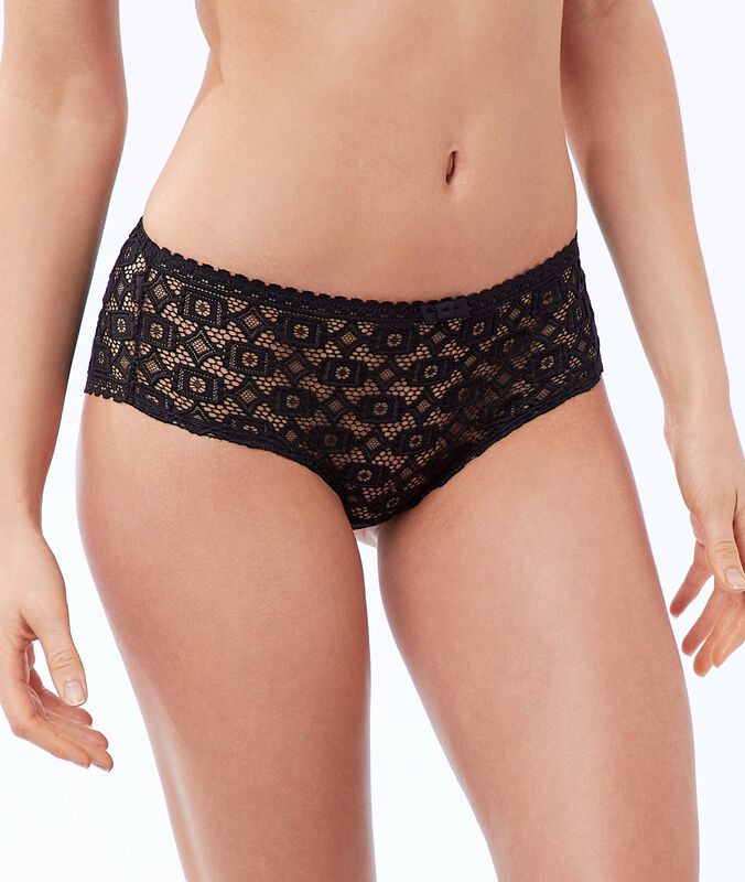 Geometric lace microshorts black.