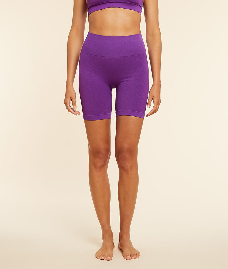 Cycling shorts ;${refinementColor}