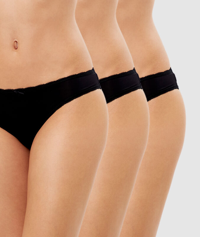 Pack of 3 microfiber briefs black.