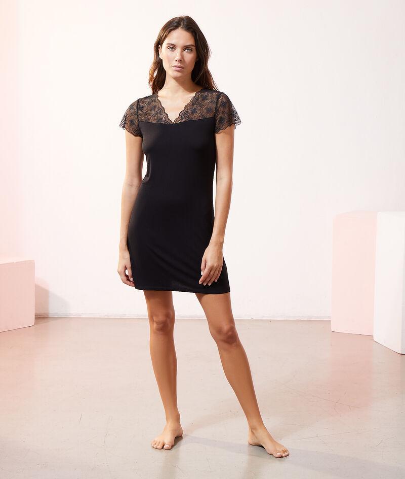 Lace nightshirt;${refinementColor}