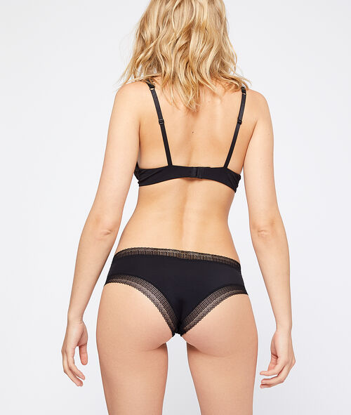 Lace trim cheeky