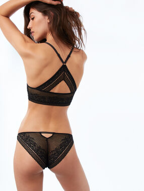 All lace panties, openwork at the back black.