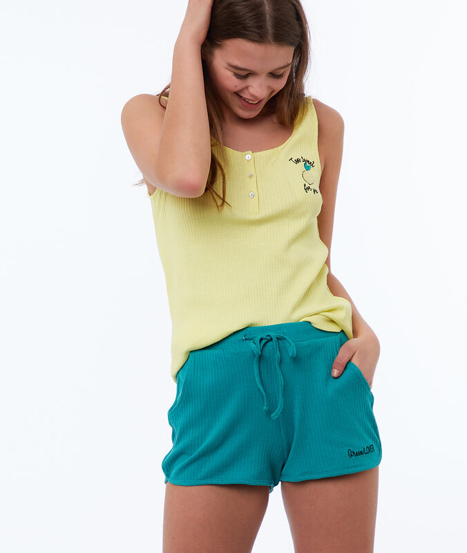 Message shorts green.