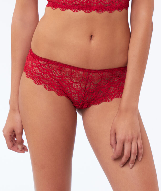 Lace shorts red.