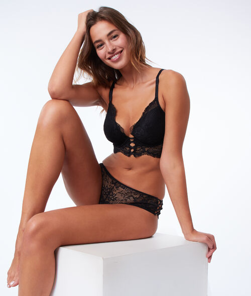 Bra n°5 - Classic padded lace bra, corset style