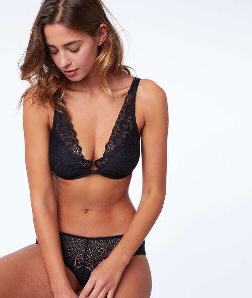 Bra n°6 - Natural look lace triangle bra