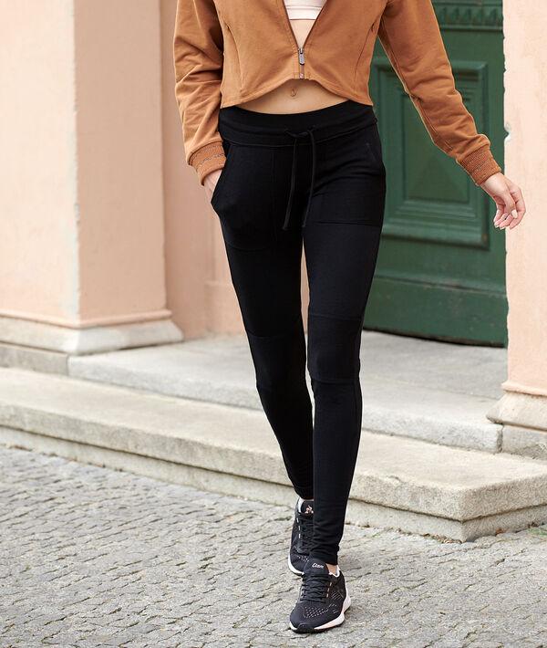 Sportswear trousers;${refinementColor}