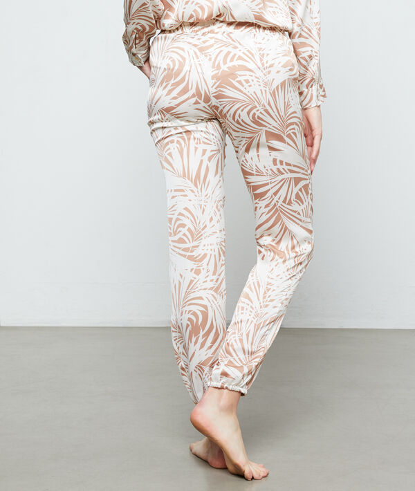 Trousers in a foliage print ;${refinementColor}