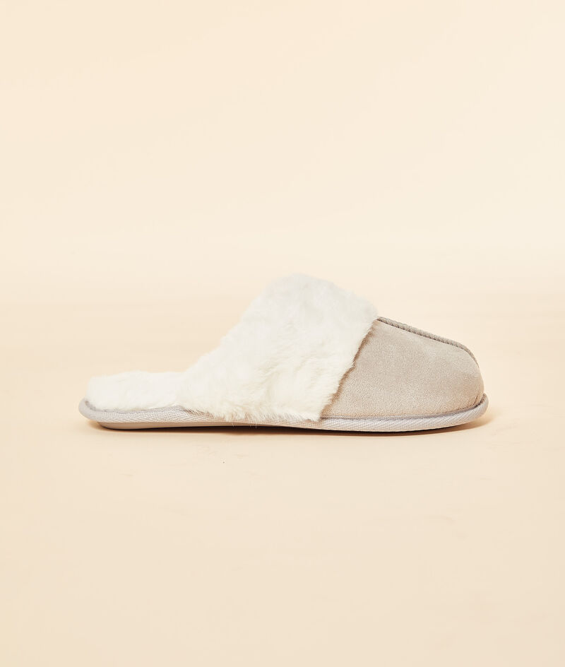 Mule slippers with furry lining ;${refinementColor}