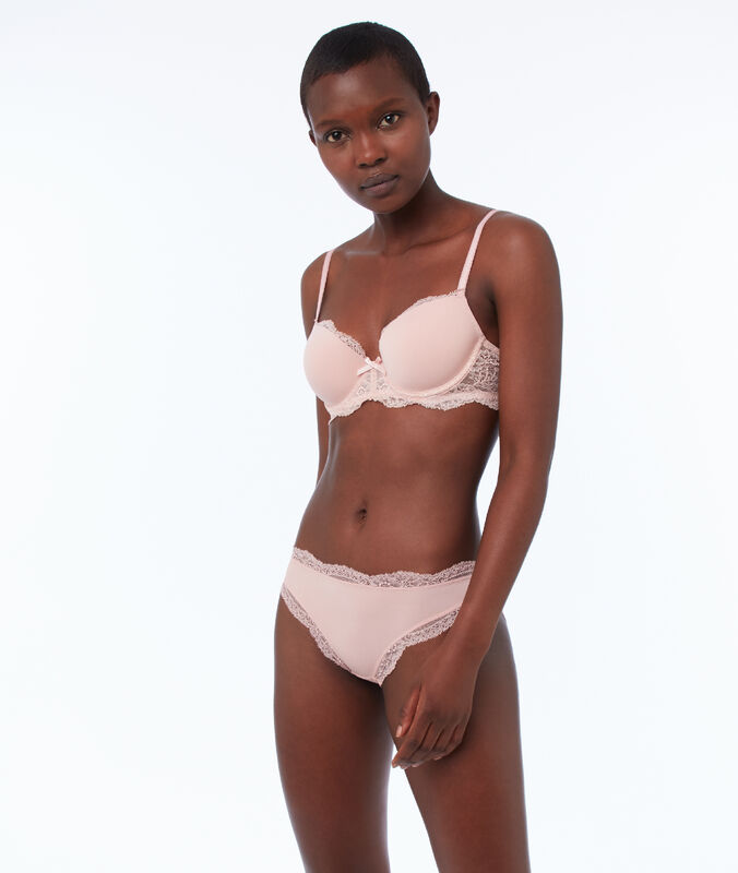 Bra with thin padding, lace and microfiber powder pink.