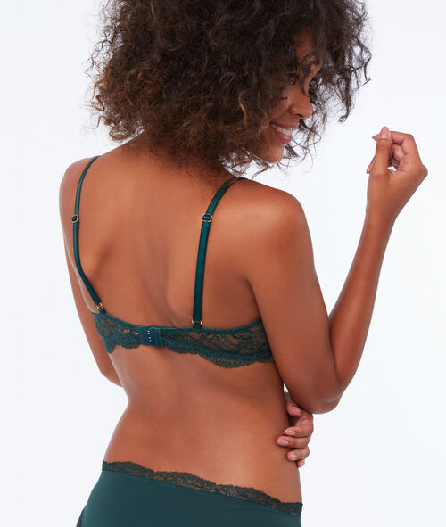 Classic bra, light padding