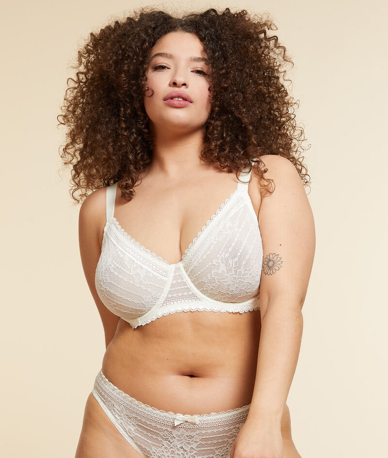 Minimizer cup bra with -1 size effect;${refinementColor}