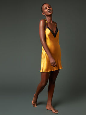 Cross back silk chemise ochre.