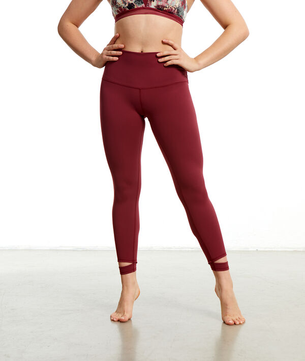 Legging de yoga court;${refinementColor}