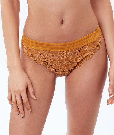 Floral lace tanga gold button.