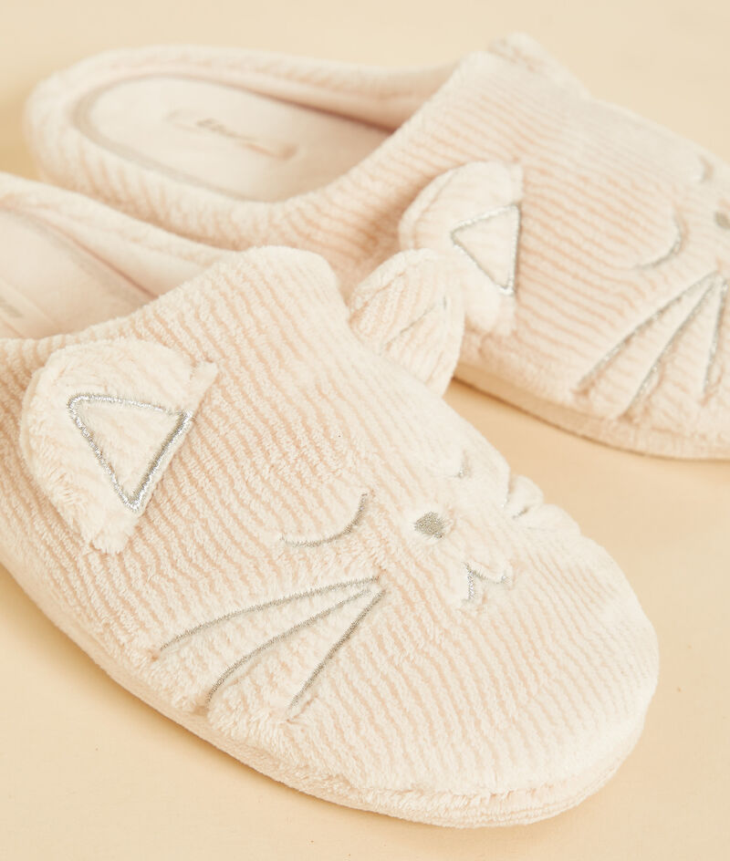 Cat ribbed mule slippers ;${refinementColor}