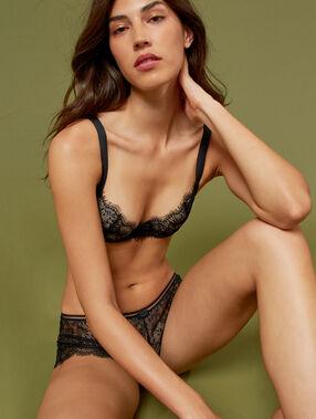 Lace bra, no padding black.