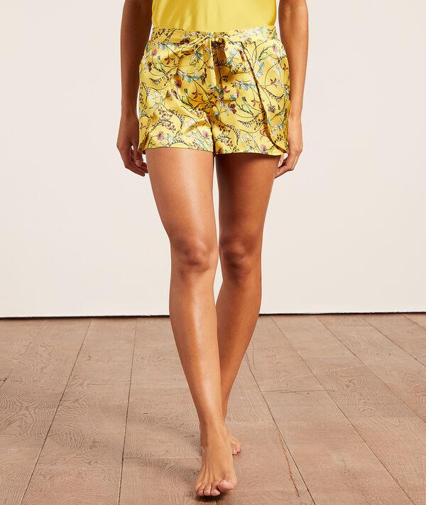 Satin printed shorts;${refinementColor}