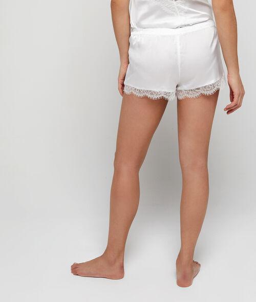 Satin pyjama shorts, lace trim
