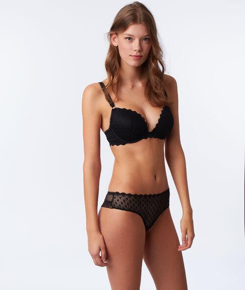Bra no. 5 - Classic padded bra with straps