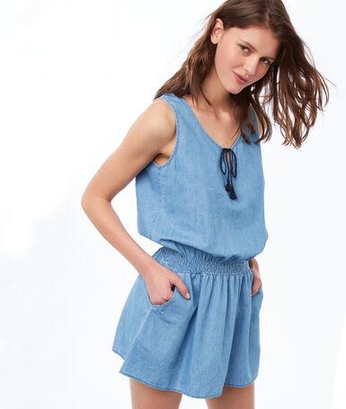 Adjusted nightshirt blue.